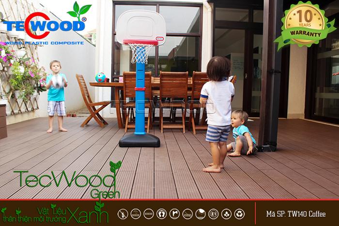 Tham khảo các mức giá ván gỗ nhựa lót sân thượng mới nhất hiện nay